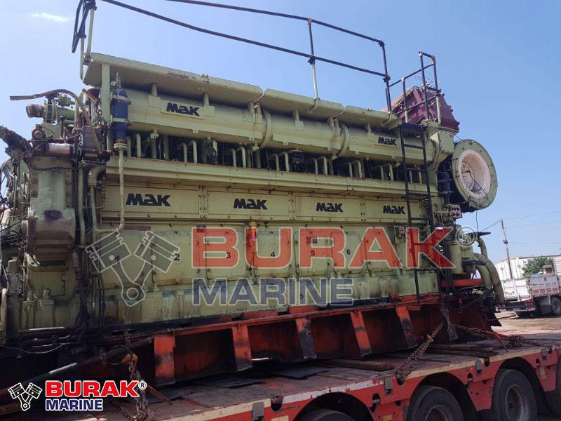 MAK 8M35 DIESEL ENGINE